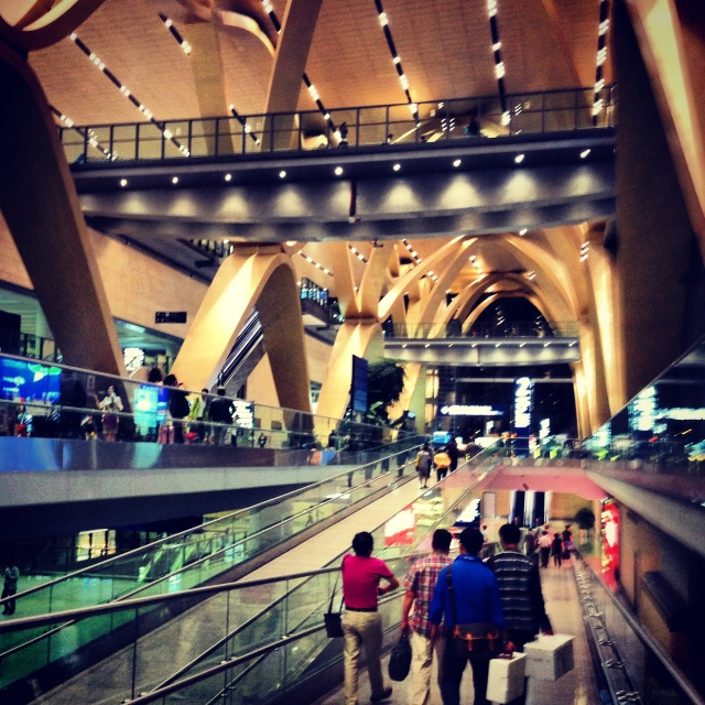 Kunming airport almost had a mall-like feel to it.