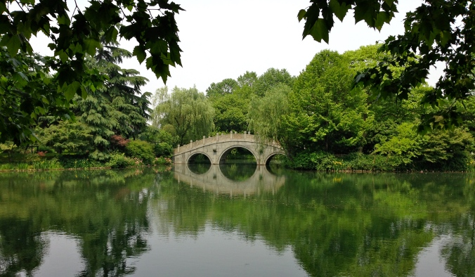 A bridge along Xihu Lake.